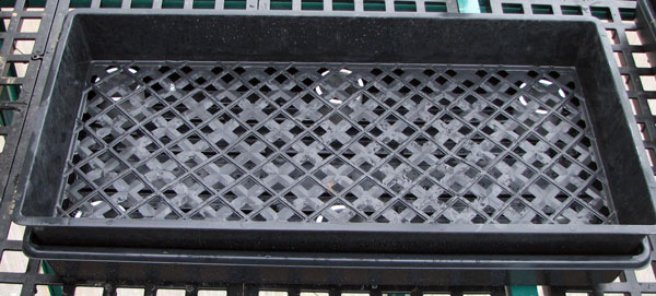 pvc-standoffs-and-perforated-tray-together